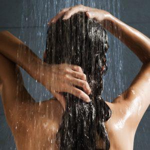 woman-washing-hair-no-shampoo