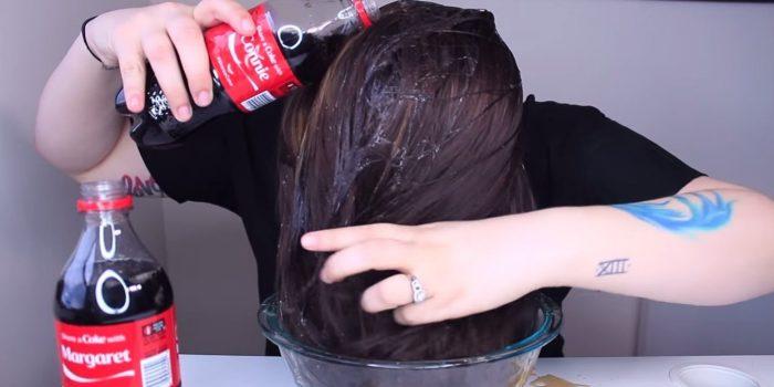 Coca Cola နဲ႔ေခါင္းေလွ်ာ္ရင္ ဘယ္လိုအက်ိဳးေက်းဇူးရပါသလဲ