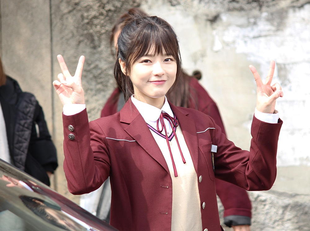 အသက္ ၃၀ ေက်ာ္ဆိုေပမယ့္ ေက်ာင္သူေလးဇာတ္ရုပ္နဲ႔လိုက္ဖက္ေနဆဲ မင္းသမီးေလး Oh Ji Eun