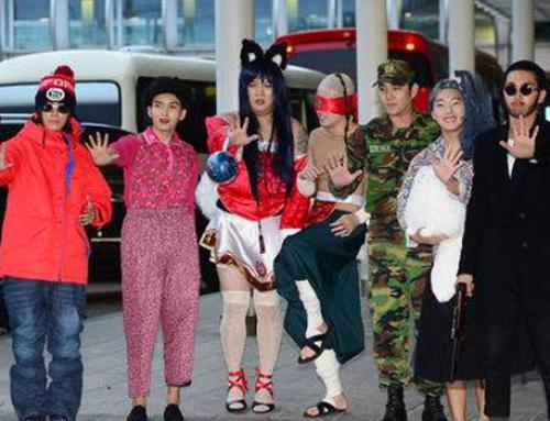 လူတွေရဲ့စိတ်ဝင်စားမှုအခံရဆုံး K-Pop Idols များရဲ့ လေဆိပ်ဖက်ရှင်များ