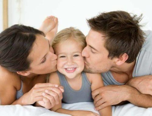 ယနေ့ခေတ်မိဘတွေအနေနဲ့ ကလေးတွေကို ဘယ်လိုထိန်းသိမ်းပေးသင့်လဲ ?