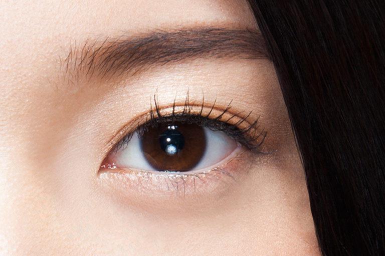 သင့္မ်က္လံုးကို ပိုၿပီးႀကီးသေယာင္ထင္ရေစမယ့္ Eyeliner ဆိုးနည္း