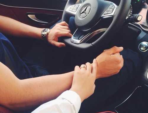 ချစ်သူလေးနဲ့အတူတူ ကားမောင်းရင်းနဲ့နားထောင်လို့ကောင်းမယ့် သီချင်းကောင်းများ