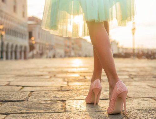 အခုမှ ဒေါက်ဖိနပ်စစီးမယ့်သူတွေအတွက် ဒေါက်ဖိနပ်ကို နည်းမှန်လမ်းမှန်နဲ့ စီးနိုင်ဖို့ လျှို့ဝှက်ချက်လေးတွေ