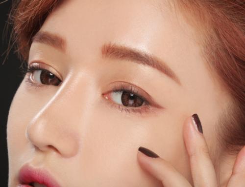 မျက်ဝန်းလေးကို သဘာဝကျကျလေး လှနေစေဖို့အတွက် ပျိုမေတို့သိထားသင့်တဲ့ Eyeliner လိမ်းခြယ်နည်း ၂ မျိုး