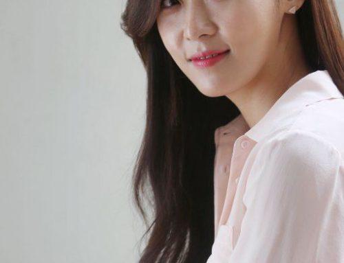 ကိုရီးယားသရုပ်ဆောင် Ha Ji Won ရဲ့ရိုးရှင်းလှပနေတဲ့ ဖက်ရှင်လေးတွေ