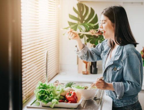 နုပျိုချင်တဲ့ပျိုမေတို့အတွက် အသီးအရွက်တွေပိုစားဖြစ်အောင် ဘယ်လိုအကျင့်လုပ်မလဲ