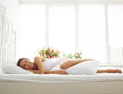ခြေထောက်အကြားမှာ ခေါင်းအုံးထား အိပ်သင့်တဲ့ အကြောင်းရင်း (၄) ခု
