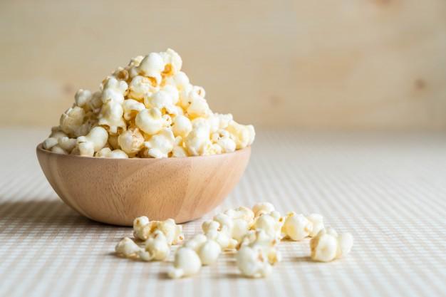 Caramel popcorn on table