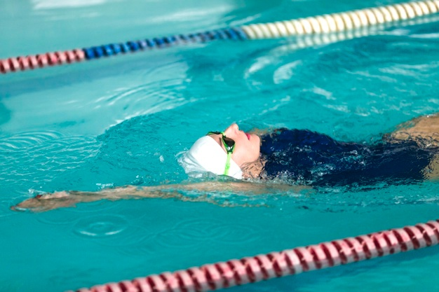 Woman swimmer swimming
